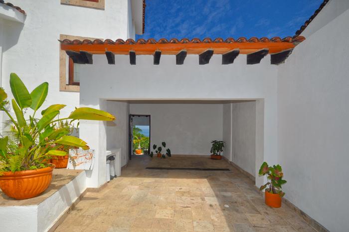 Puerto-Vallarta-Real-Estate-Casa-Mis-Amores-02