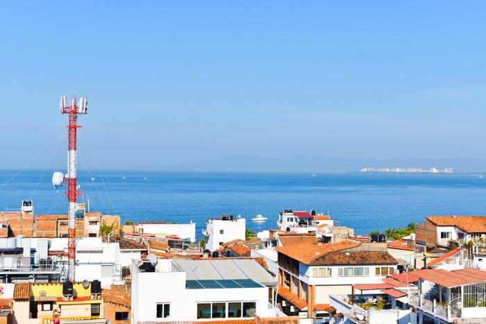 Condo-5-Flores-Puerto-Vallarta-Real-Estate-11
