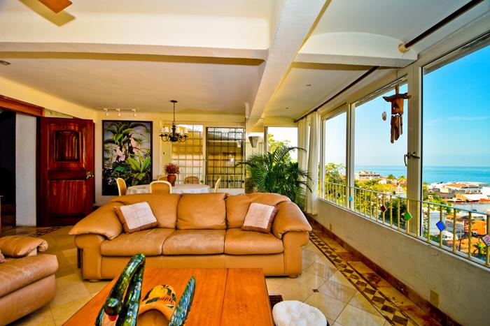 Condo-5-Flores-Puerto-Vallarta-Real-Estate-36