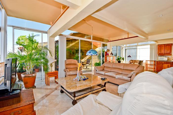 Condo-5-Flores-Puerto-Vallarta-Real-Estate-66