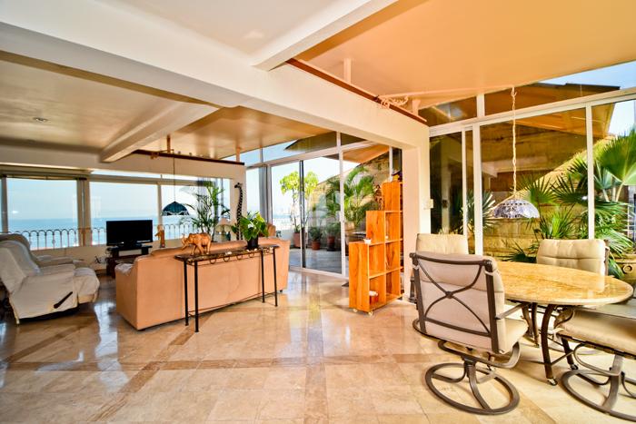 Condo-5-Flores-Puerto-Vallarta-Real-Estate-86