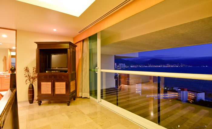 Shangri-La-Penthouse--150