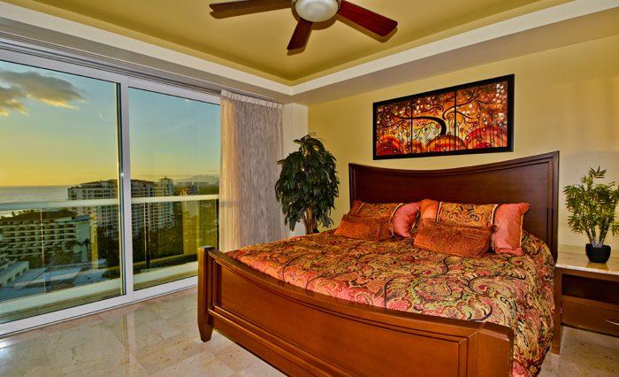 Shangri-La-Penthouse--43