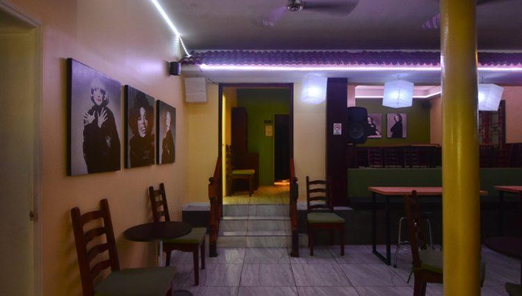 Street_Bar_Puerto_Vallarta_Real_estate-
