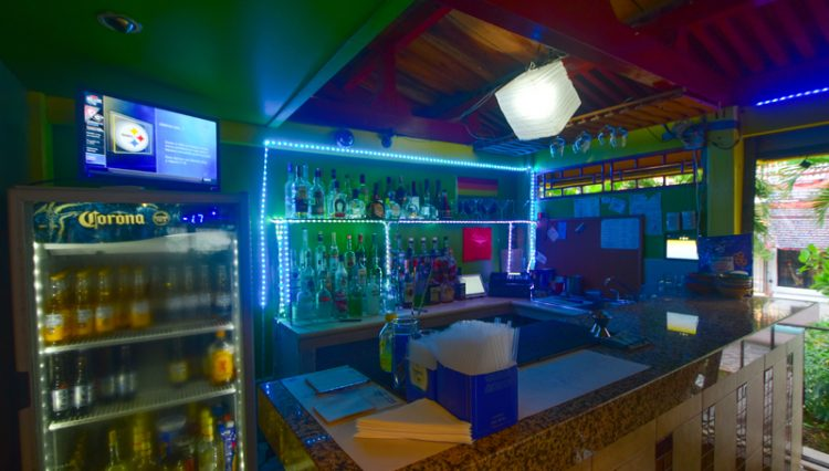 Street_Bar_Puerto_Vallarta_Real_estate--18