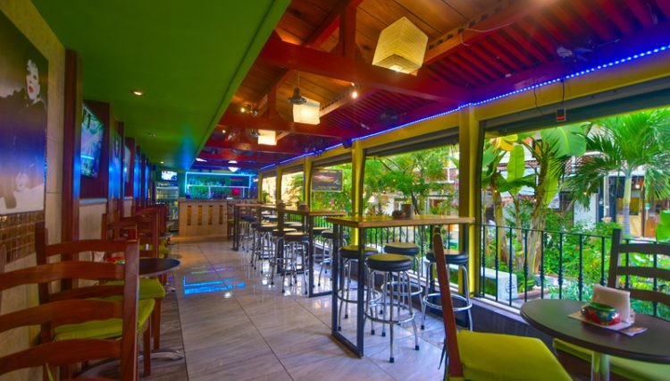 Street_Bar_Puerto_Vallarta_Real_estate--24
