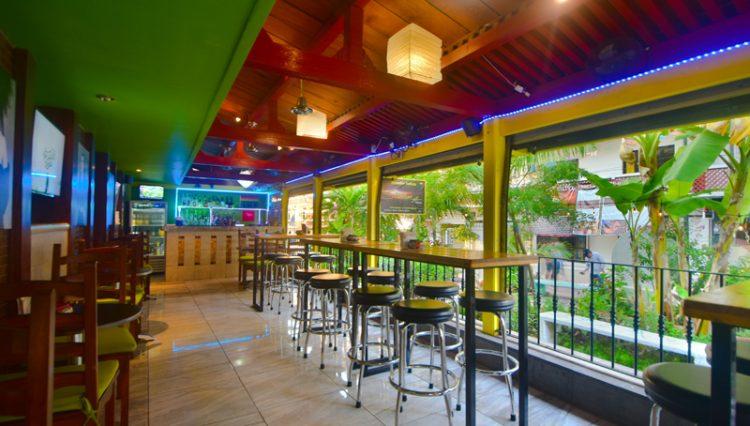 Street_Bar_Puerto_Vallarta_Real_estate--26