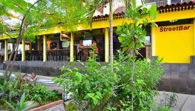 Street_Bar_Puerto_Vallarta_Real_estate--42