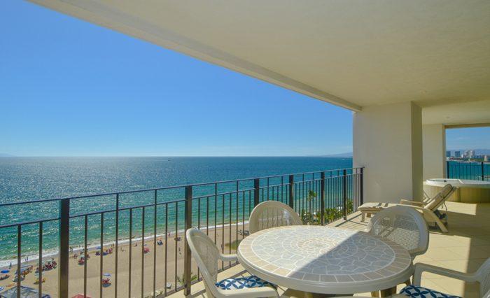 Grand-Venetian-Torre-2000-901-Puerto-Vallarta-Real-Estate-PV-Realty--17