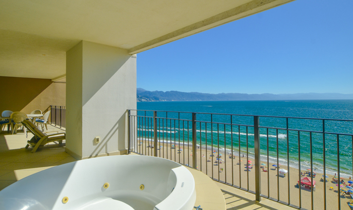 Grand-Venetian-Torre-2000-901-Puerto-Vallarta-Real-Estate-PV-Realty--20