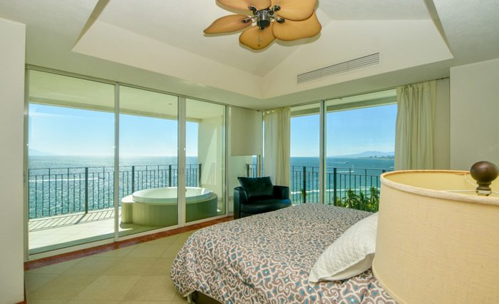 Grand-Venetian-Torre-2000-901-Puerto-Vallarta-Real-Estate-PV-Realty--32
