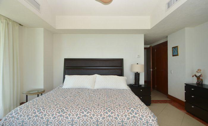 Grand-Venetian-Torre-2000-901-Puerto-Vallarta-Real-Estate-PV-Realty--37