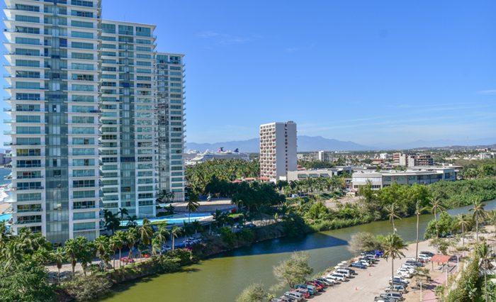 Grand-Venetian-Torre-2000-901-Puerto-Vallarta-Real-Estate-PV-Realty--4