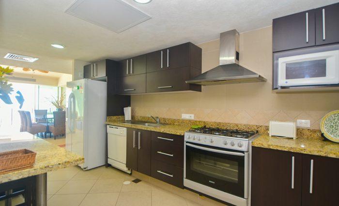 Grand-Venetian-Torre-2000-901-Puerto-Vallarta-Real-Estate-PV-Realty--47