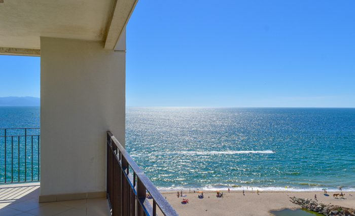 Grand-Venetian-Torre-2000-901-Puerto-Vallarta-Real-Estate-PV-Realty--7